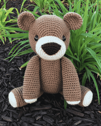 Benedict the Bear Amigurumi Pattern