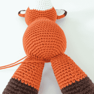 Amigurumi Tutorial: How to attach legs to a body