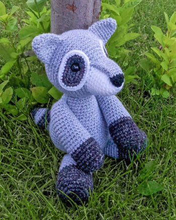 Rita the Raccoon Free Amigurumi Pattern