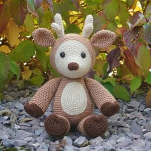 Dash the Deer Free Amigurumi Pattern