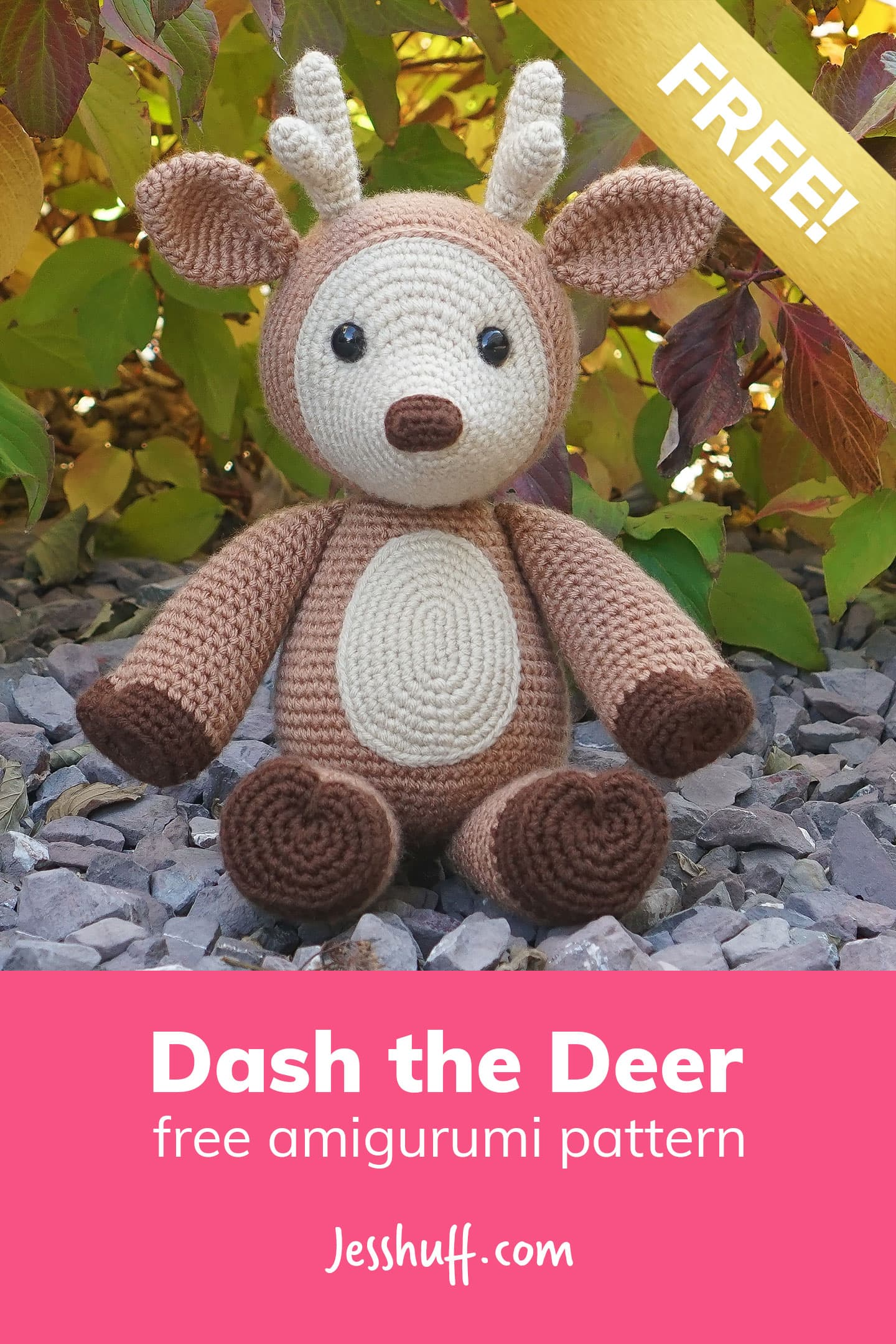 How cute is this deer pattern? I can\'t believe it\'s free!